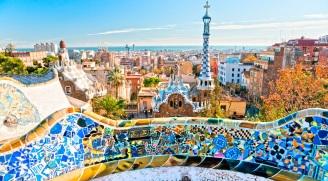Tourist information at www.barcelonaturisme.com/wv3/en/