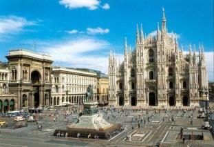 Tourist information at www.tourism.milan.it/