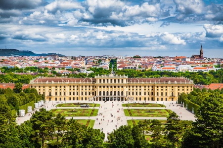 Schonbrunn Palace- https://www.schoenbrunn.at/en/