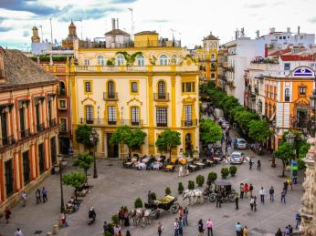 Tourist information at www.visitasevilla.es/en